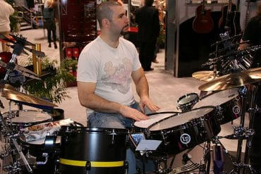 John Dolmayan batteur de System of A Down